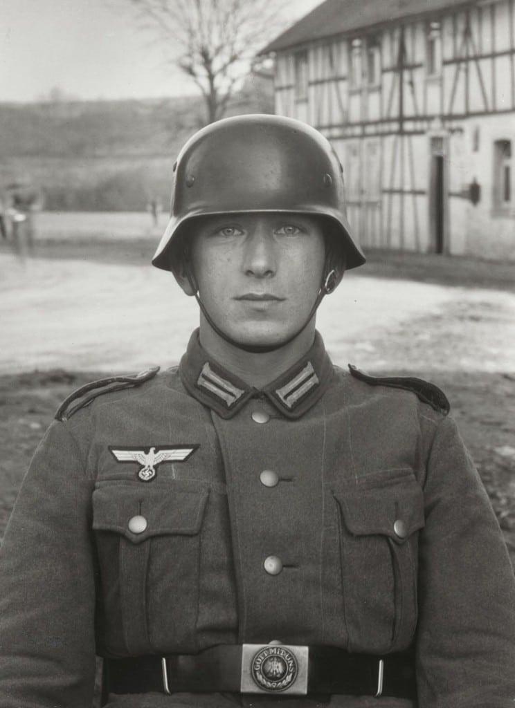 آگوست زاندر. سرباز، حوالی 1940