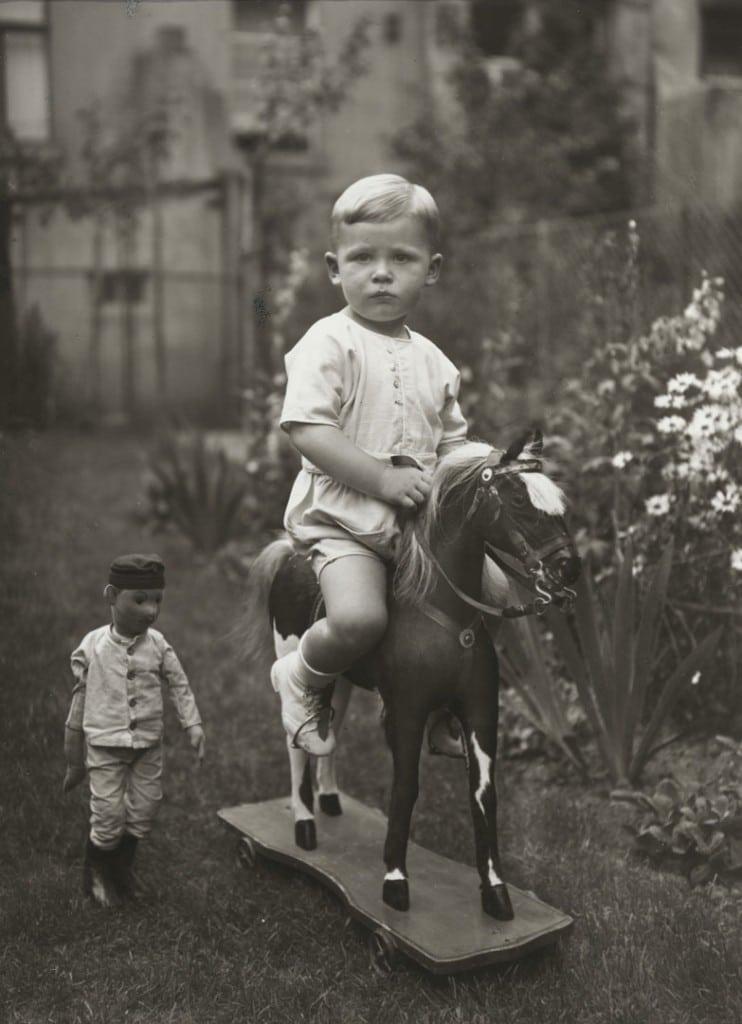 آگوست زاندر. کودکی از خانواده طبقه متوسط، حوالی 1925