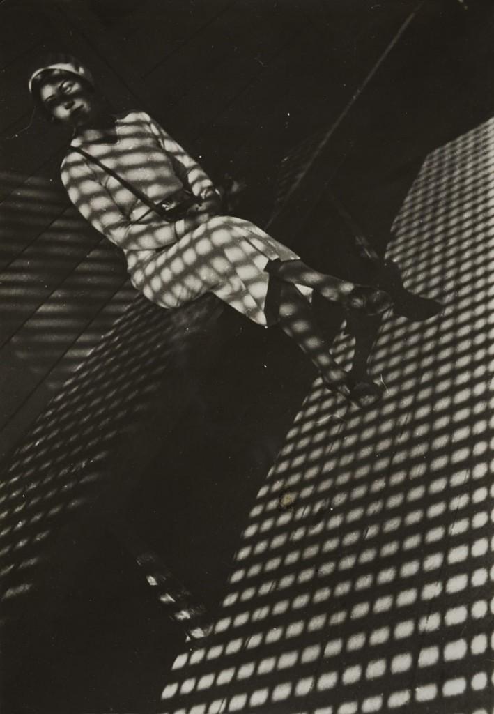 الکساندر رودچنکو. دختری با یک لایکا، 1934