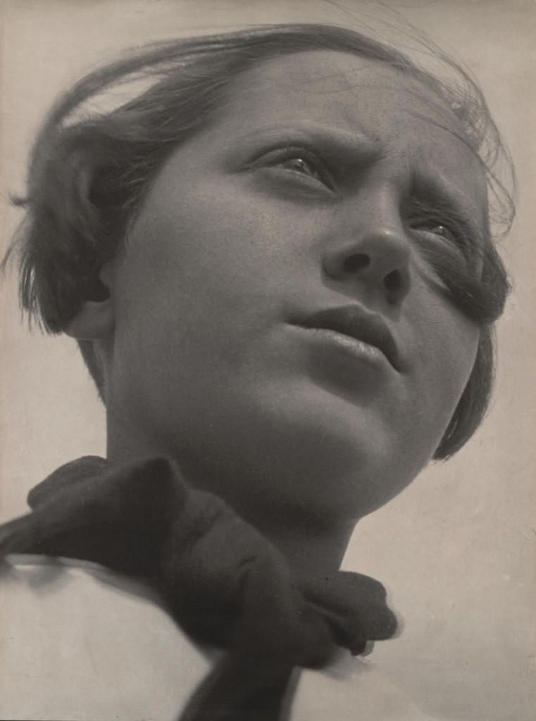 الکساندر رودچنکو. دختر پیشقراول، 1930