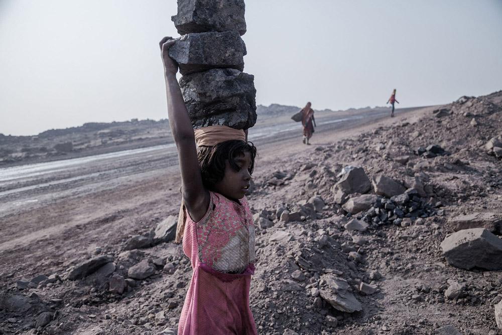 Supratim Bhattacharje. از مجموعه «هند: مصیبت زغالسنگ»، رتبه دوم مسابقه عکس سال یونیسف 2020