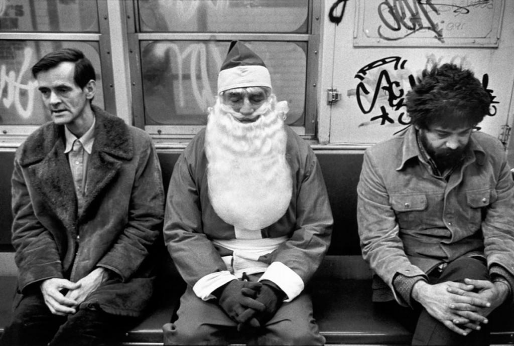 ریچارد کالوار. بابانوئل و دیگران در مترو، نیویورکسیتی، 1976
