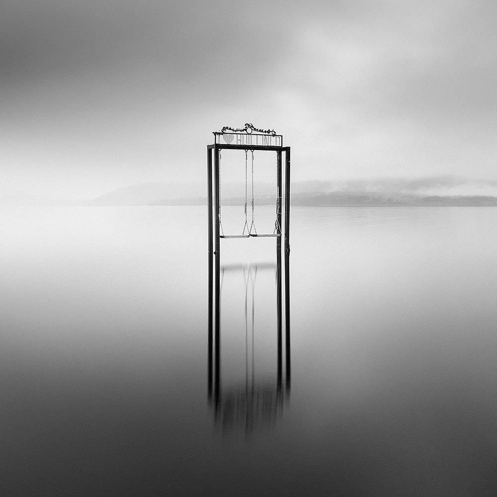 Benjamin Briones Grandi از شیلی. «خالی از انسان»، مقام دوم ژانر «فاینآرت» بخش حرفهای، در مسابقه عکاسی مونو کروم 2020