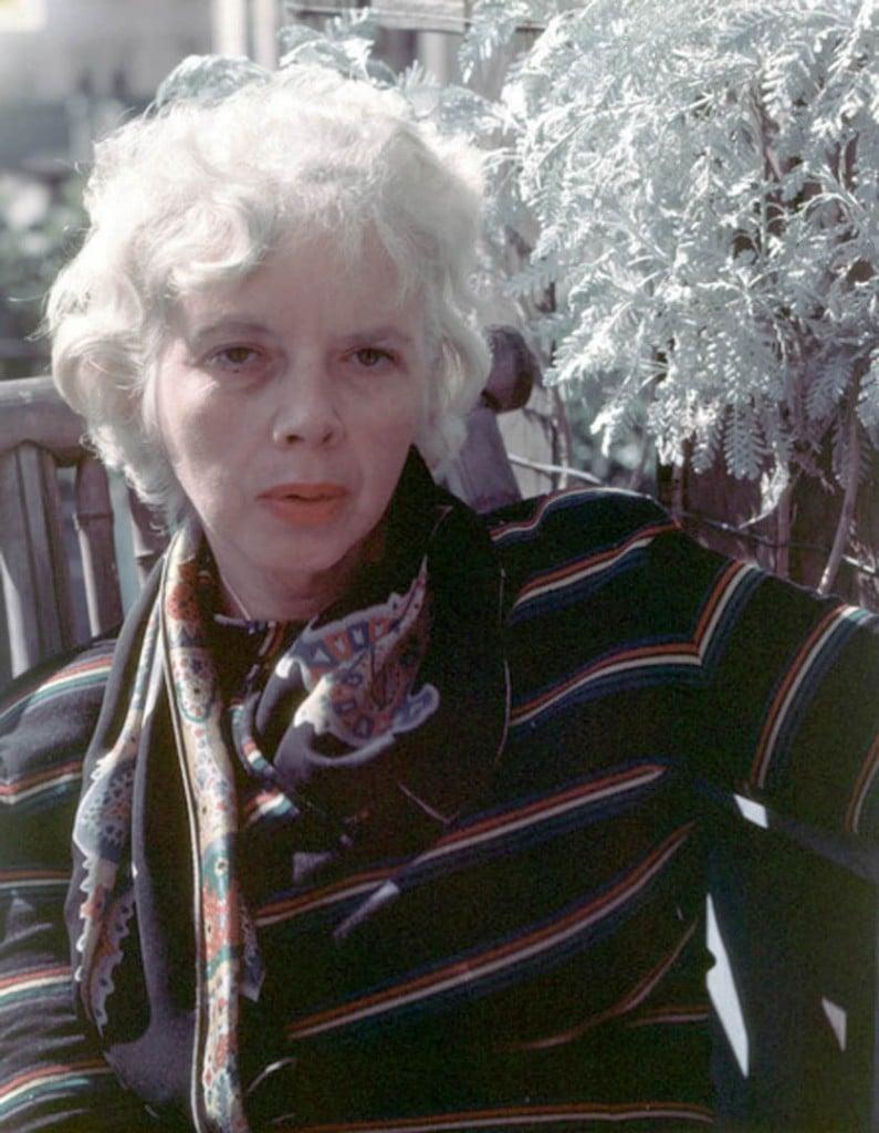 لیزت مادل، 1946
