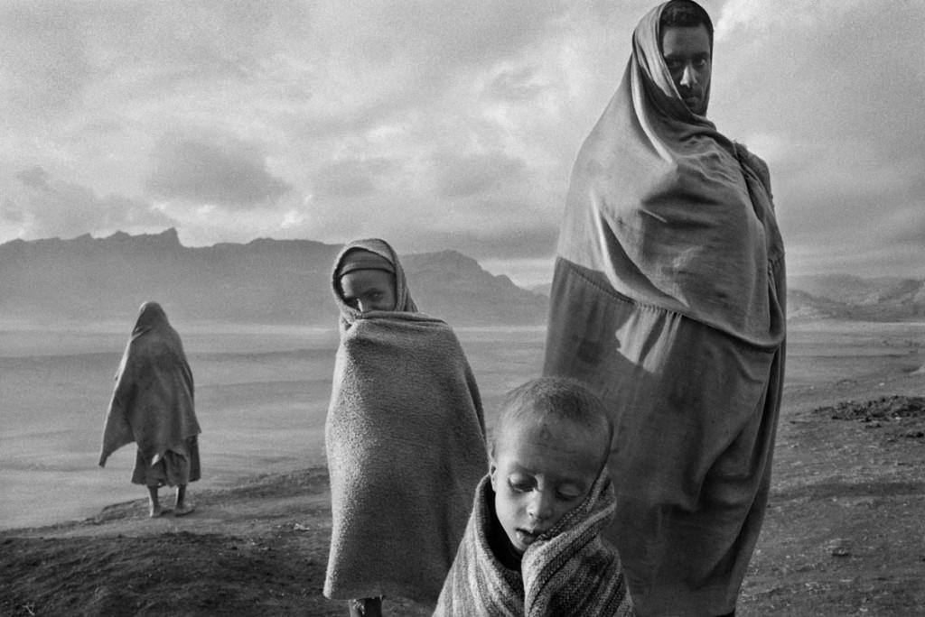 سباستیائو سالگادو. پناهجویان درکمپ کورم، اتیوپی، 1984