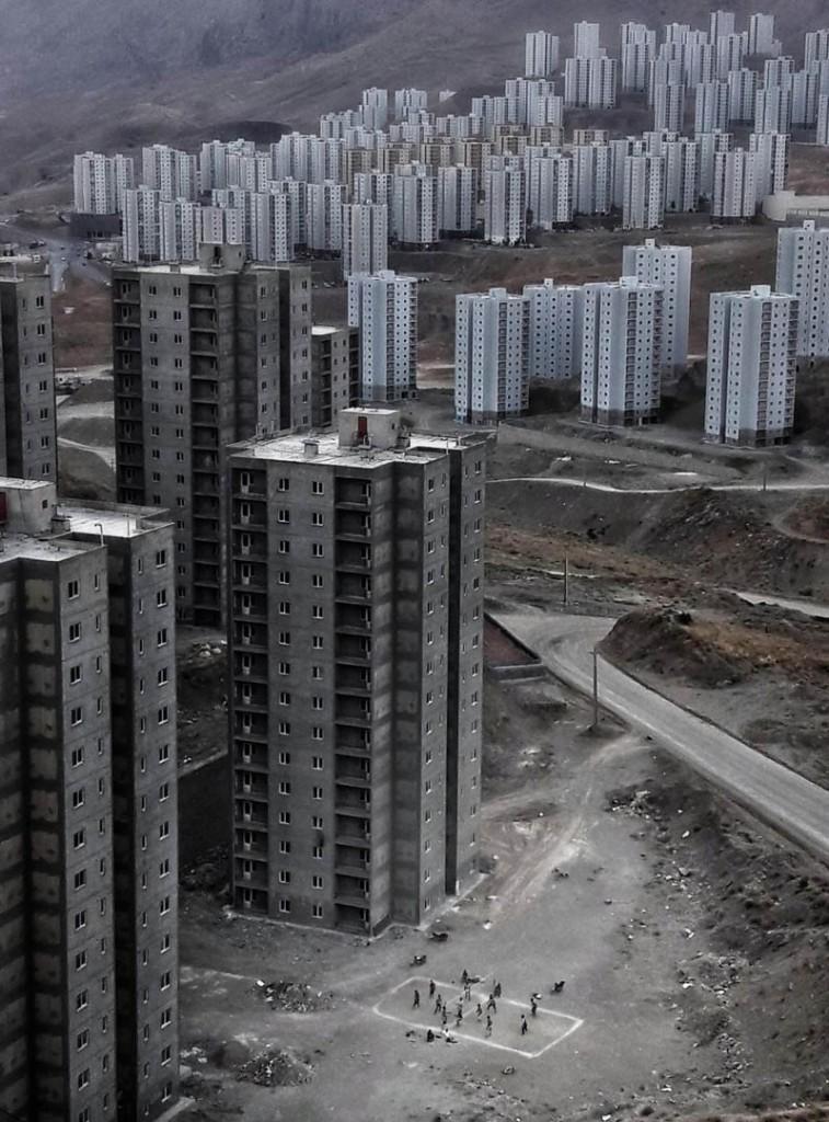 محسن ایمانی. «زندگی سخت»، از فینالیستهای مسابقه عکاسی هنری لنزکالچر 2021