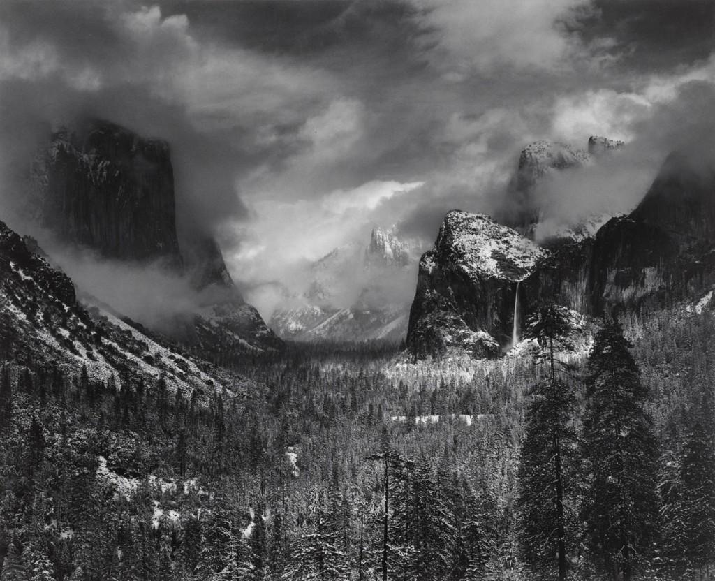 انسل آدامز. طوفان زمستانی، پارک ملی یوسمیتی، کلیفرنیا، 1937-1944