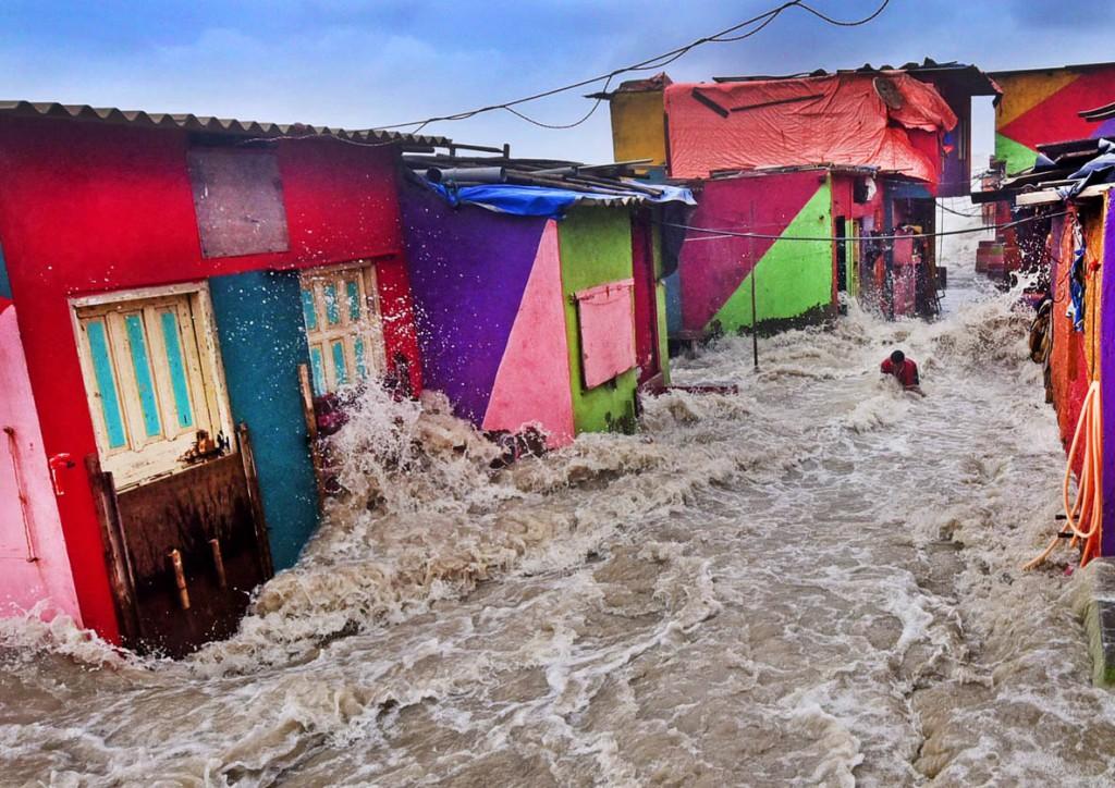 SL Shanth Kumar. «ورود حد مد دریا به خانهها»، برنده جایزه عکاس محیط زیست سال 2019