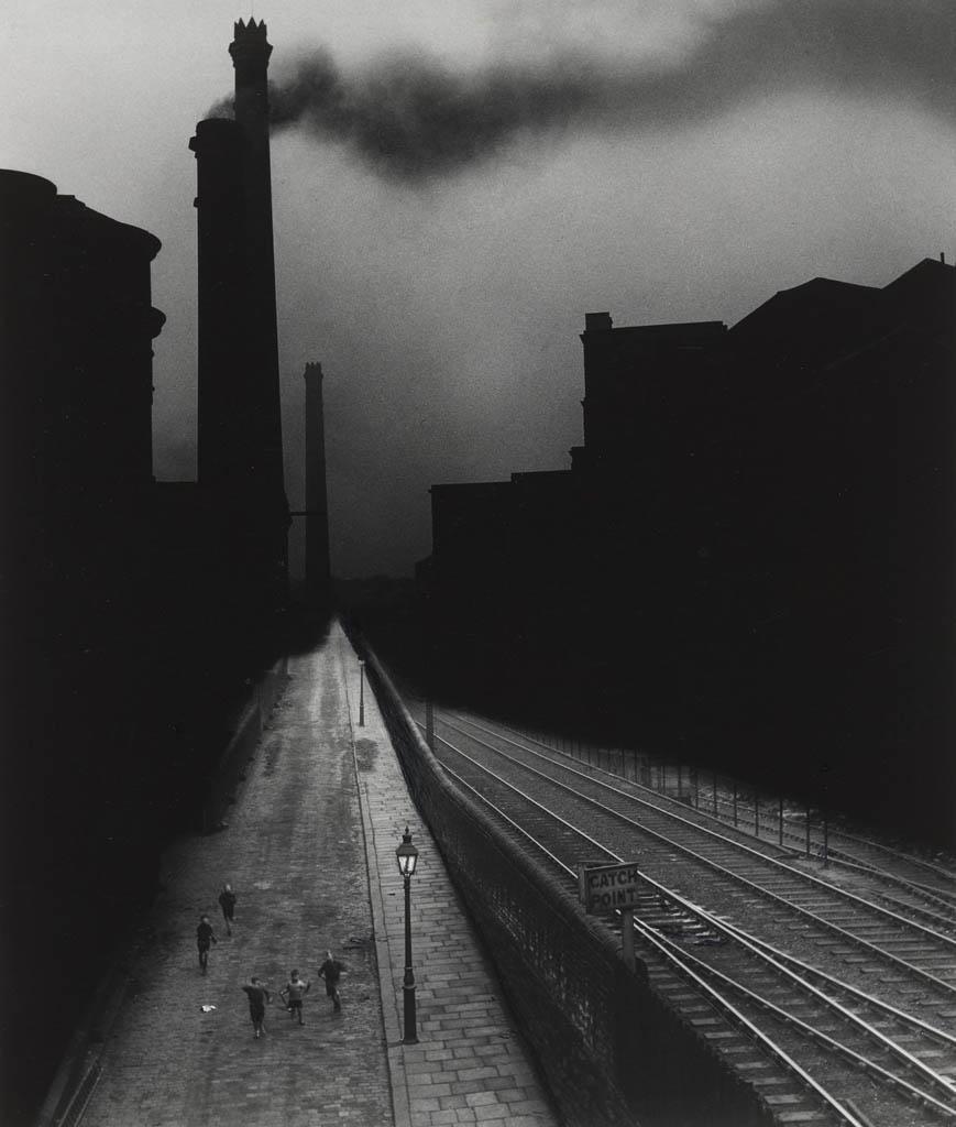 بیل برانت. «هالیفکس»، 1937