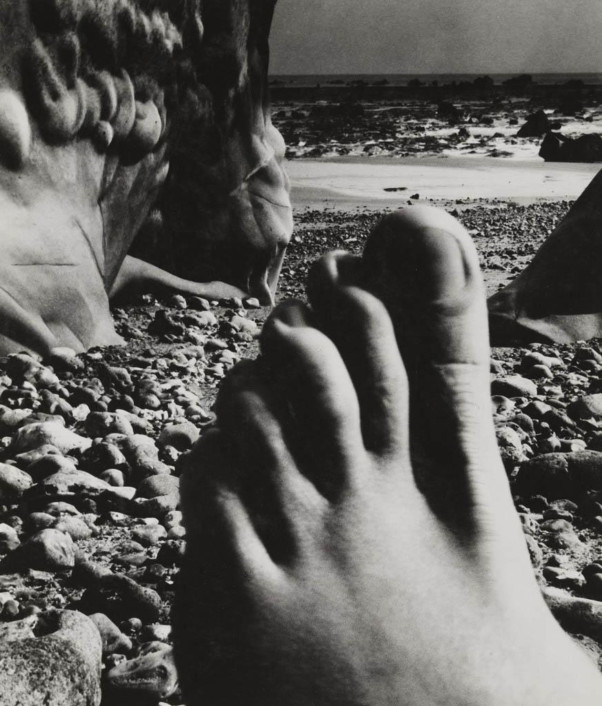 بیل برانت. «ساحل واستریوال، نرماندی»، 1954