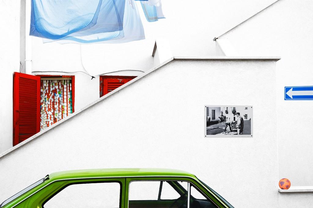 Francesco Pace Rizzi. «آن سوی دیوار»، برنده دستهی «خلاقه» بخش «تکعکس» مسابقه عکاسی URBAN 2020