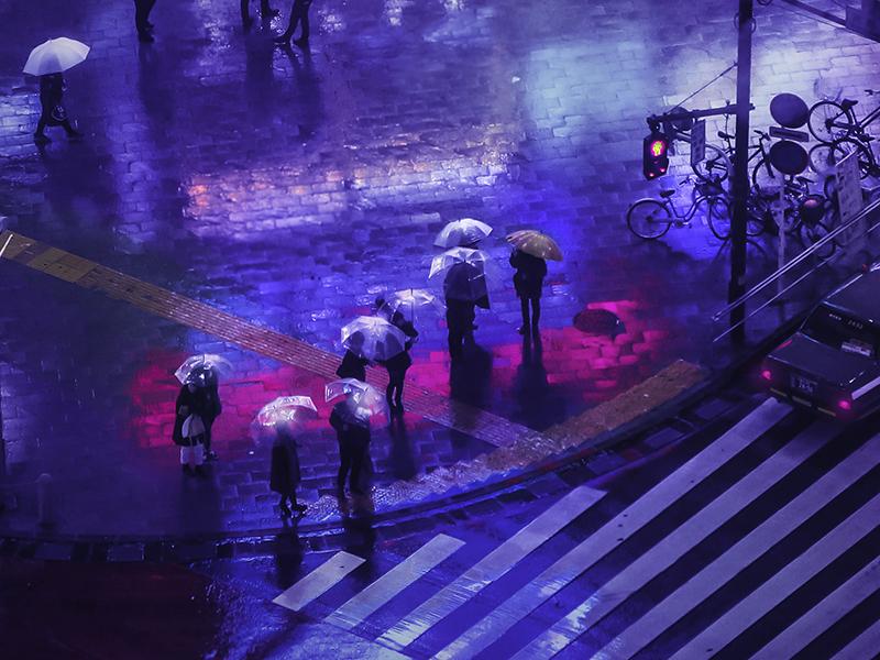 لیام وانگ. توکیو کار لیام وانگ با زیباشناسی نئون-نوآریاش، از سینما، کارهای علمیتخیلی و انیمههای ژاپنی الهام میگیرد.