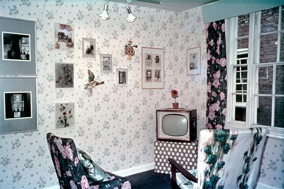 مارتین پار. چیدمان مجموعه Home Sweet Home، گالری Impressions، 1974