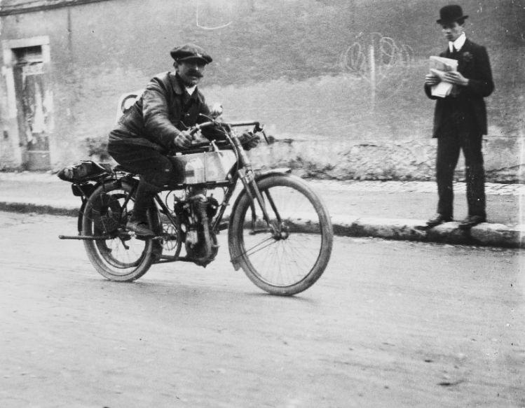 ژاک آنری لارتیگ. «موتور سیکلت»، 1912