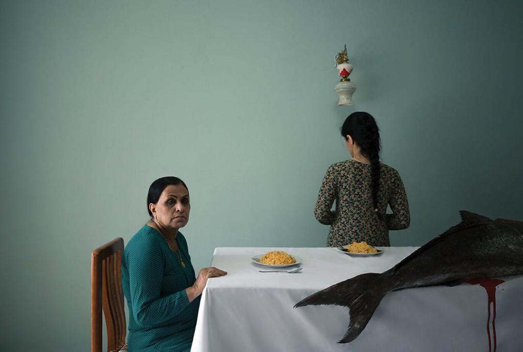 مرتضی نیکنهاد. از مجموعه «ماهی بزرگ»، برنده بخش «کنترل سلامت روان» (مجموعهعکس) مسابقه عکاسی ولکام 2021