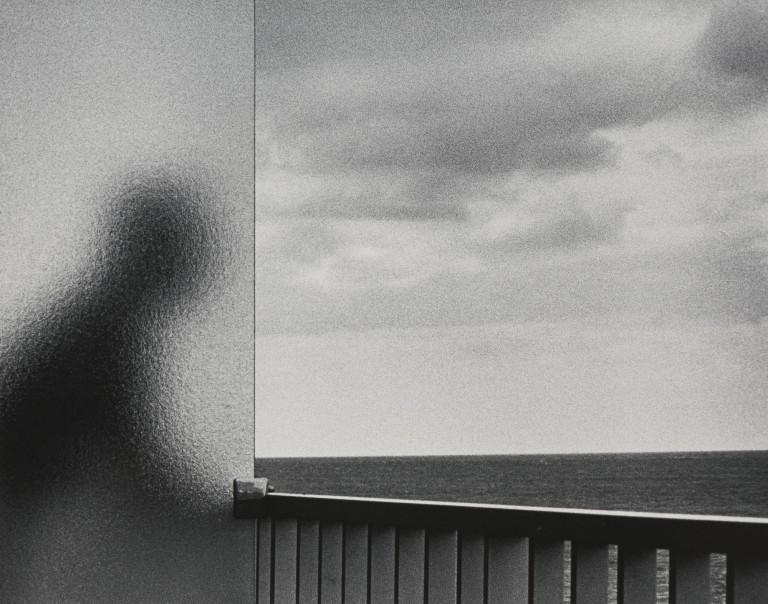 قدرت عکاسی: آندره کرتس، همسایه و دریا